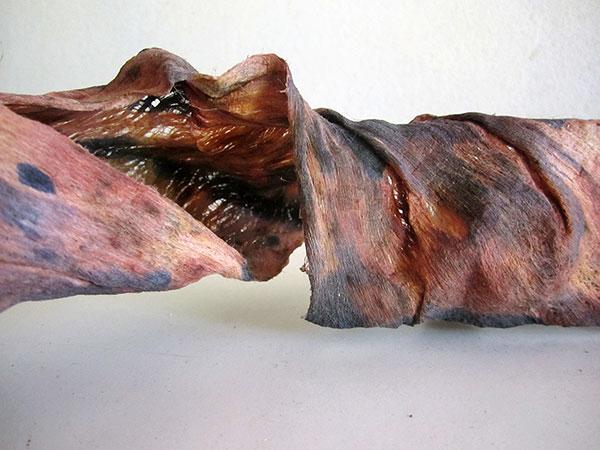 Sculptural tapa